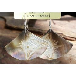 Boucles d'oreilles nacre de Tahiti Eventail N°5