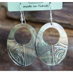 Boucles d'oreilles nacre de Tahiti Ovale perçé N°7