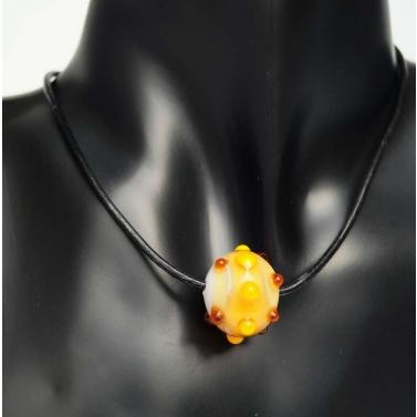 Authentique collier en verre filé fait main