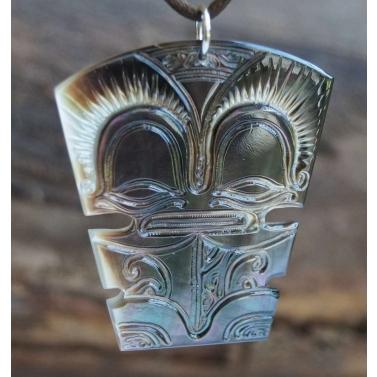 bijou de Tahiti modèle Tiki Tahiti N°10
