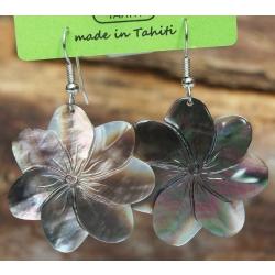 Boucles d'oreilles nacre de Tahiti (fleur) N°1