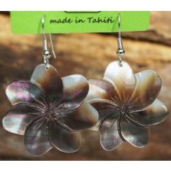 Boucles d'oreilles nacre de Tahiti (fleur) N°5
