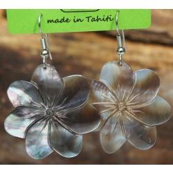Boucles d'oreilles nacre de Tahiti (fleur) N°6