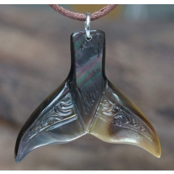 Pendentif Queue de Baleine nacre de Tahiti PM N°6