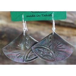 Boucle d'oreille eventail nacre de Tahiti